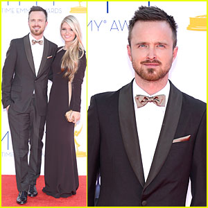 Aaron Paul &#038; Lauren Parsekian - Emmys 2012 Red Carpet