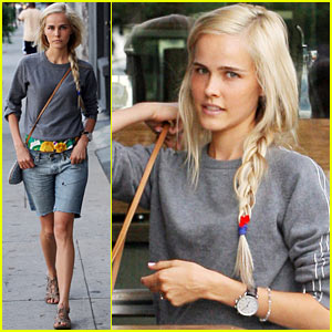 Isabel Lucas: 'Red Dawn' To Close Fantastic Fest!