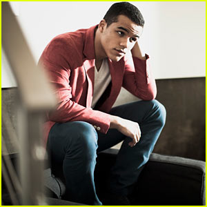 Glee's Jacob Artist Photo Shoot - JustJared.com Exclusive!