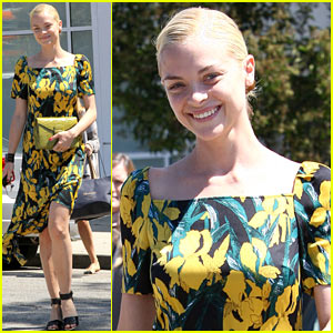 Jaime King: Stylish Salon & Shopping Trip!