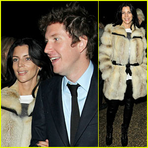 Liberty Ross: Future Contemporaries Party with a Mystery Man!