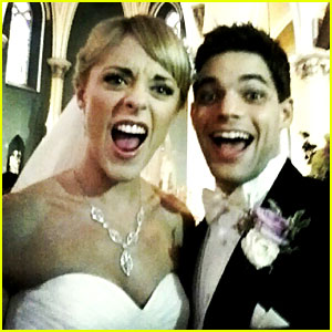 Newsies' Jeremy Jordan: Married to Ashley Spencer!