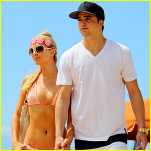 Paris Hilton & River Viiperi: Hawaiian Beach Vacation!
