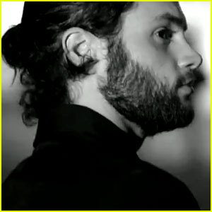 Penn Badgley: Alexander Wang Ready-to-Wear Video!