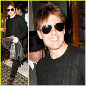Tom Cruise: Joyful at The Ivy!