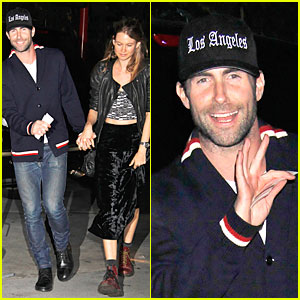 Adam Levine &#038; Behati Prinsloo: Lakers Game Couple!