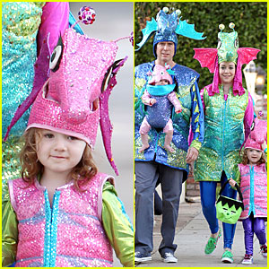Alyson Hannigan & Alexis Denisof: Seahorse Halloween Couple!