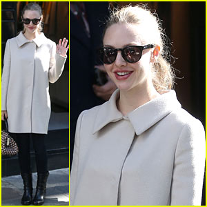 Amanda Seyfried: Parisian Shopper!