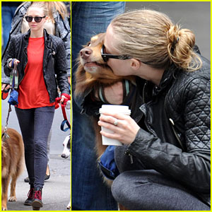 Amanda Seyfried: A Smooch for Her Pooch!