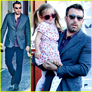 Ben Affleck: Brentwood Country Mart with Seraphina!