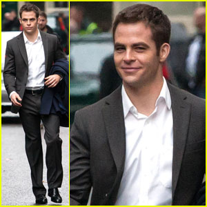 Chris Pine: 'Jack Ryan' On Set Pics!