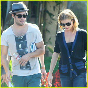Emily VanCamp & Josh Bowman: 'Revenge' Ratings Strong!