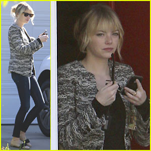 Emma Stone: Studio City Friend Visit!