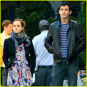 Emma Watson: Big Apple Stroll with Will Adamowicz!