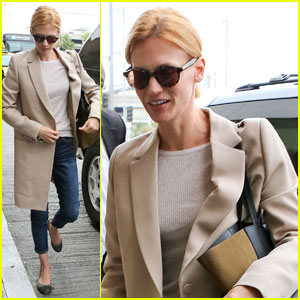 January Jones: Xander-Less LAX Departure!
