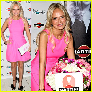 Kristin Chenoweth: Toast to Breast Cancer Survivors!