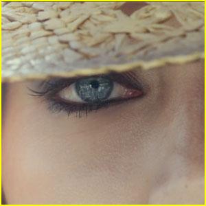 Lana Del Rey's Jaguar F-Type Commercial - Watch Now!
