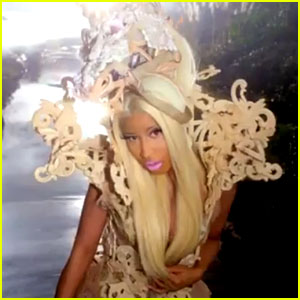 Nicki Minaj: 'Va Va Voom' Video Premiere - Watch Now!