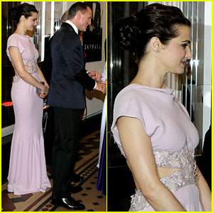 Rachel Weisz & Daniel Craig Meet the Royals at 'Skyfall' Premiere