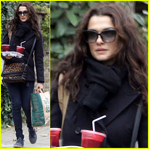 Rachel Weisz: Whole Foods Smoothie Stop!