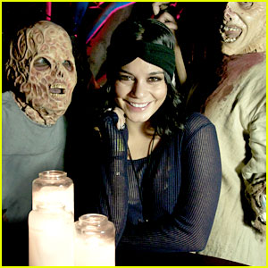 Vanessa Hudgens: Halloween Horror Nights with Sister Stella!