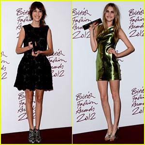 Alexa Chung & Cara Delevingne: British Fashion Awards Winners!