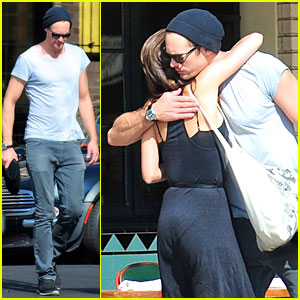 Alexander Skarsgard Embraces Little Dom's!
