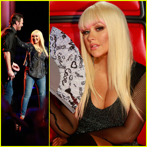 Christina Aguilera & Blake Shelton: 'Just A Fool' Performance on 'The Voice'!