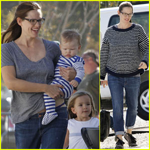 Jennifer Garner: 'Buyers Club' Break with Seraphina & Samuel!