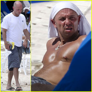 Kenny Chesney: No Shirt, No Shoes, No Problem!