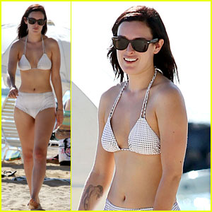 Rumer Willis: Hawaiian Bikini Beauty!