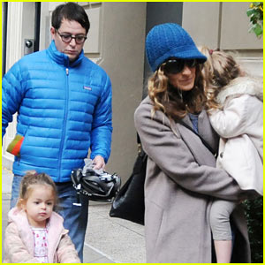 Sarah Jessica Parker & Matthew Broderick: Lunch with the Twins!