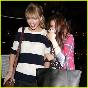 Selena Gomez &#038; Taylor Swift: Saturday Night Dinner Duo!