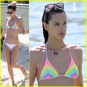 Alessandra Ambrosio's Bikini Holiday Cheer!