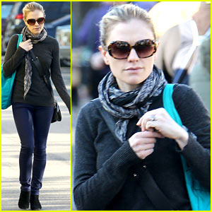 Anna Paquin: Farmer's Market Morning!