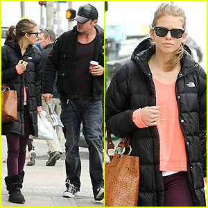 AnnaLynne McCord & Dominic Purcell: Coffee Strolling Couple!