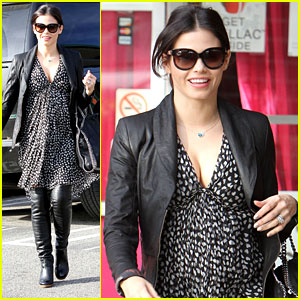 Jenna Dewan: Plush Beauty Bar Visit