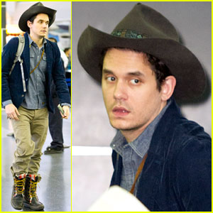 John Mayer: Airport Arrival Guy!