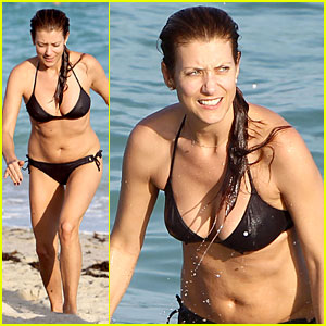 Kate Walsh: Bikini Babe in Miami!