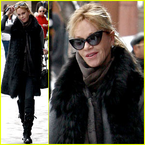 Melanie Griffith: Winter Chic in Aspen!