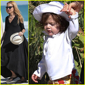 Rachel Zoe: Holiday Beach Vacation with the Family!
