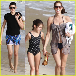 Stephanie Seymour: St. Bart's Family Vacation!