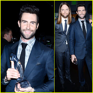 Adam Levine - People's Choice Awards 2013 Red Carpet