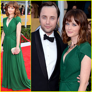 Alexis Bledel: SAG Awards 2013 with Vincent Kartheiser!
