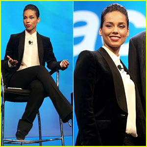 Alicia Keys: BlackBerry's New Creative Director!