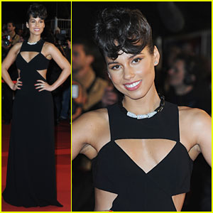 Alicia Keys: NRJ Music Awards 2013 Red Carpet
