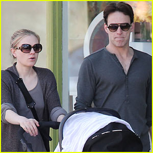 Anna Paquin & Stephen Moyer: Shopping with the Twins!