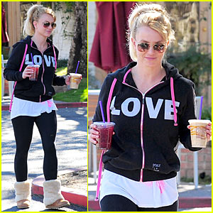 Britney Spears: First Post-Split Coffee Run