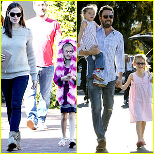 Jennifer Garner & Ben Affleck: Weekend Outings with the Girls