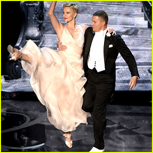 Channing Tatum & Charlize Theron Oscars Dance 2013 (Video)